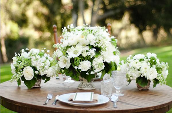 Seja um bom convidado e não leve embora arranjos da festa