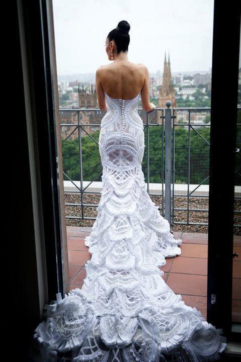 veja como usar esse vestido de noiva de crochê.