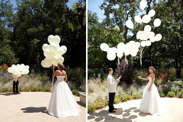 Para eles não se olharem antes da hora, usaram balões (Foto: Divulgação)