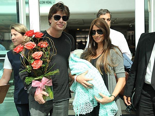 Fábio Assunção e a ex-mulher Karen na época do nascimento de sua filha (Foto: Divulgação)