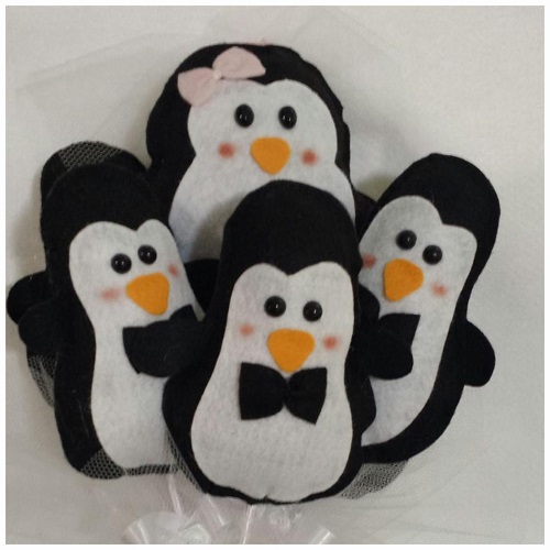Buquê com pinguins para solteiras.