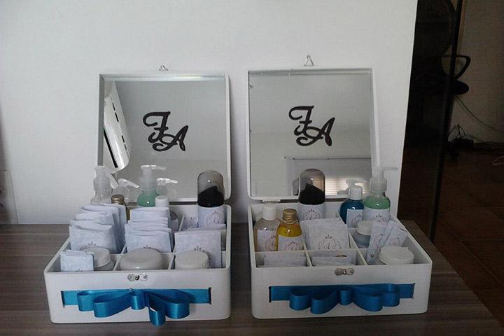 Kit toalete socorre convidados com relação a imprevistos na festa -> Kit Banheiro Simples