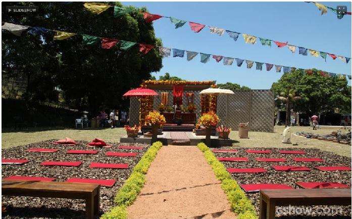 Campo aberto para casamento budista (Foto: Divulgação)
