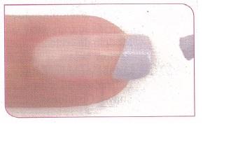 Pinte a ponta da unha (Foto: Divulgação)