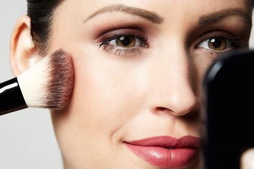 Maquiagem simples também é maquiagem linda (Foto: Divulgação)