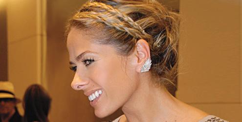 Penteado de casamento com tranças finas (Foto: Divulgação)