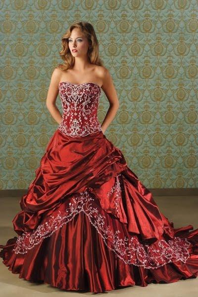 Modelo de vestido de noiva vermelho (Foto: Divulgação)