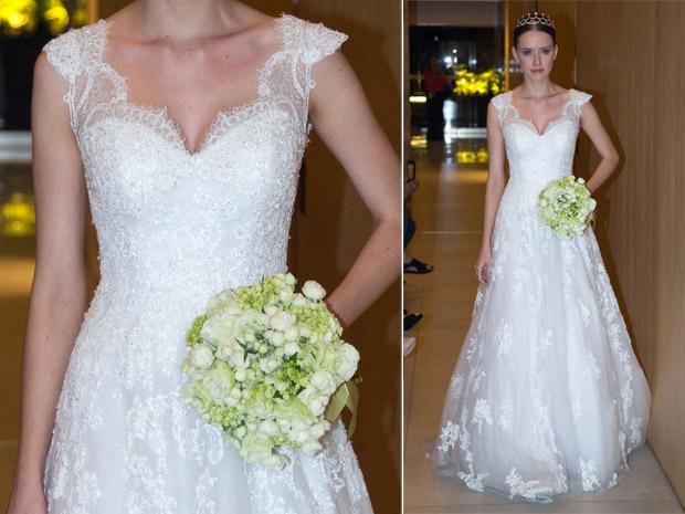 Modelo de vestido de noiva com renda nos ombros (Foto: Divulgação)