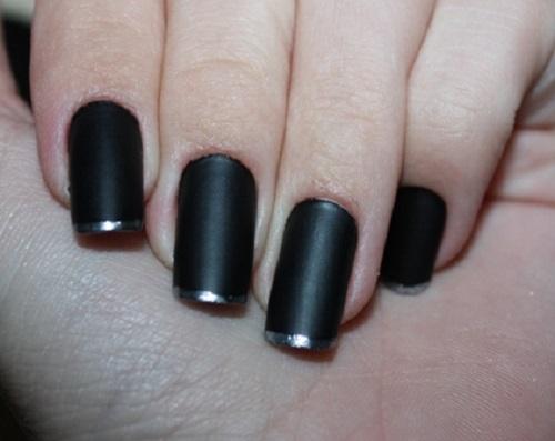 Unhas para casamento na cor preta fosca (Foto: Divulgação)