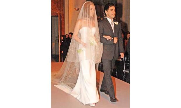 Wanessa Camargo usou um vestido de noiva sereia (Foto: Divulgação)