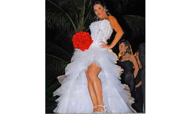 Scheila Carvalho foi bem criticada por causa do seu vestido (Foto: Divulgação)
