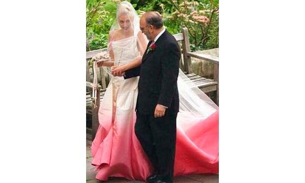 Gwen Stefani usou um vestido rosa (Foto: Divulgação)
