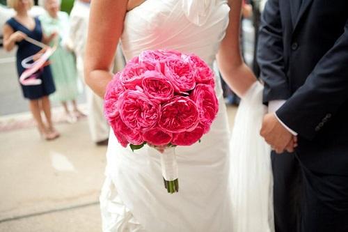 Buquês de flores e história do buquê noiva.
