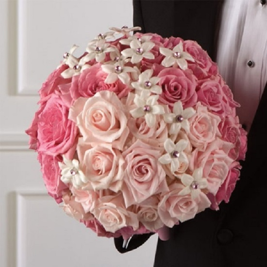 Buquê de noiva rosa clarinho
