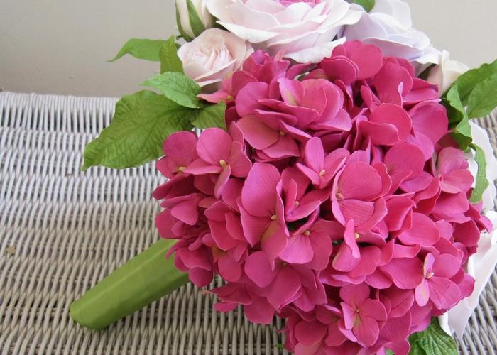 Buquê de rosa lindo e escuro