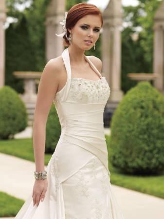 Vestido de noiva com uma alça bem frente única (Foto: Divulgação)