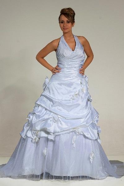 Vestido plus size de noiva.
