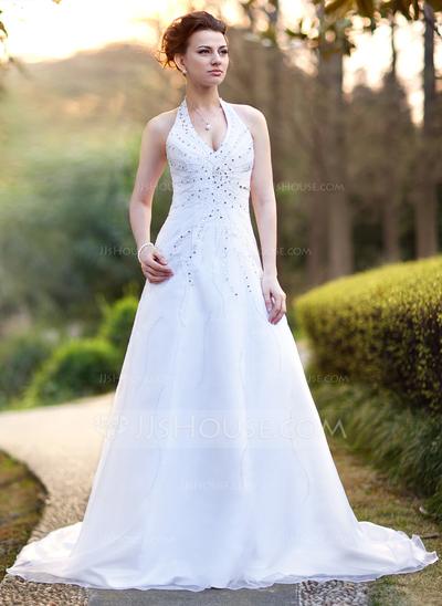 Vestido de casamento com decote lindo.