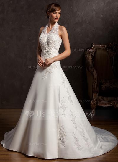 Vestido de noiva com renda.