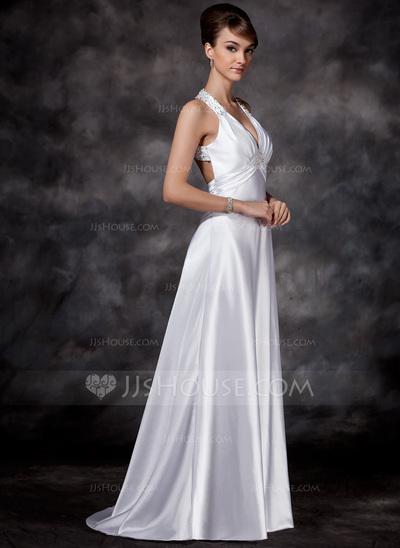Vestido de noiva com pouco volume na saia.