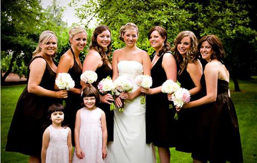 Vestido para festa de casamento preto e branco