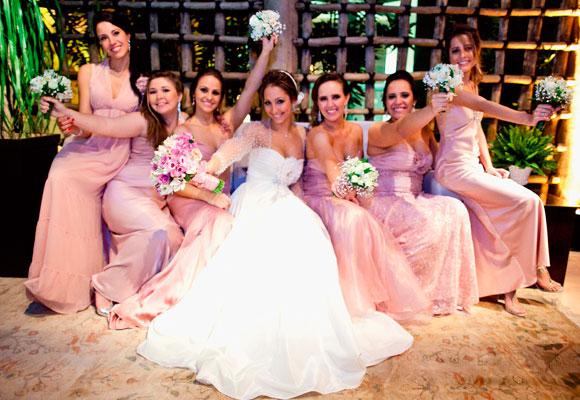 Vestido de madrinha de casamento todos iguais (Foto: Divulgação)