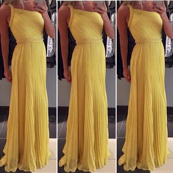 Vestido de madrinha de casamento amarelo : modelos e fotos para te inspirar