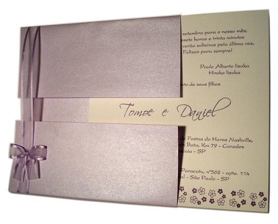 Modelos de convites de casamento roxo claro
