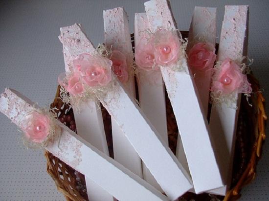 Convites de casamentos delicados em caixa