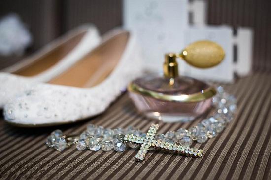 Escolha o melhor sapato para você no seu dia especial (Foto: Divulgação deLira Noiva - Sapato e Acessório)