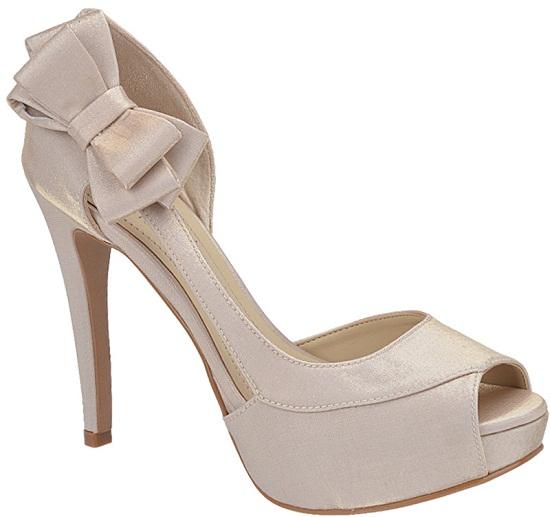 Opte pelo sapato correto sempre, aliando conforto a qualidade (Foto: Divulgação deLira Noiva - Sapato e Acessório)