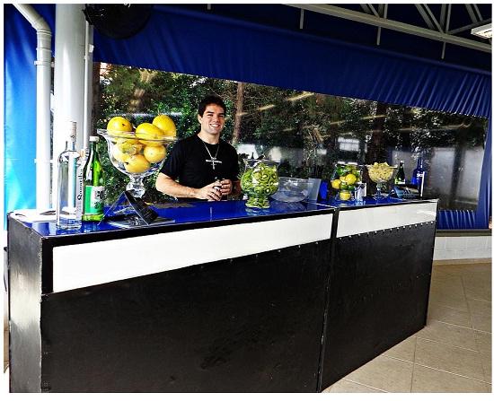 Vantagens de contratar um bartender a parte do buffet