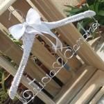 4 motivos para personalizar um cabide para o seu vestido de noiva