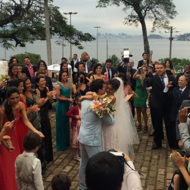 Momento mágico entre os noivos (Foto: Reprodução/ Instagram)